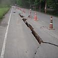 道路の亀裂1