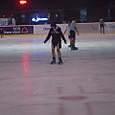アイススケート場もあります